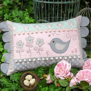 Daisy Doo - Cushion Pattern by The Rivendale Collection